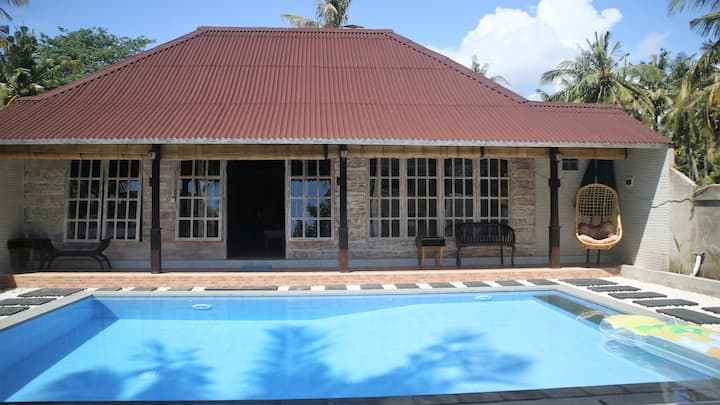 GT 53 Very Modern Wooden house with privet  pool