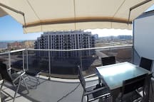 Nuevo y acogedor apartamento con vistas al mar