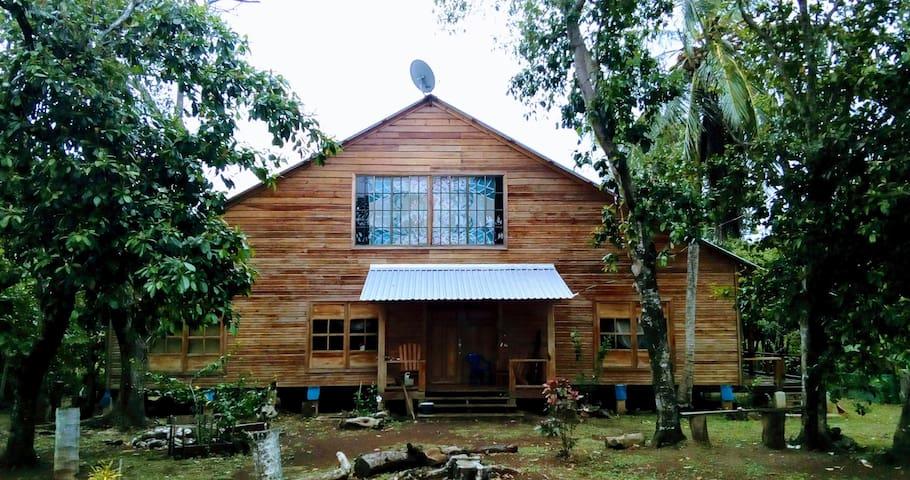 Tropical Private room - Little Corn Island - Hus