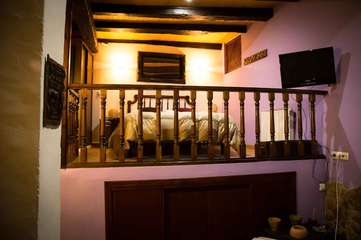 Precioso apartamento con Jacuzzi - Cuenca - Byt