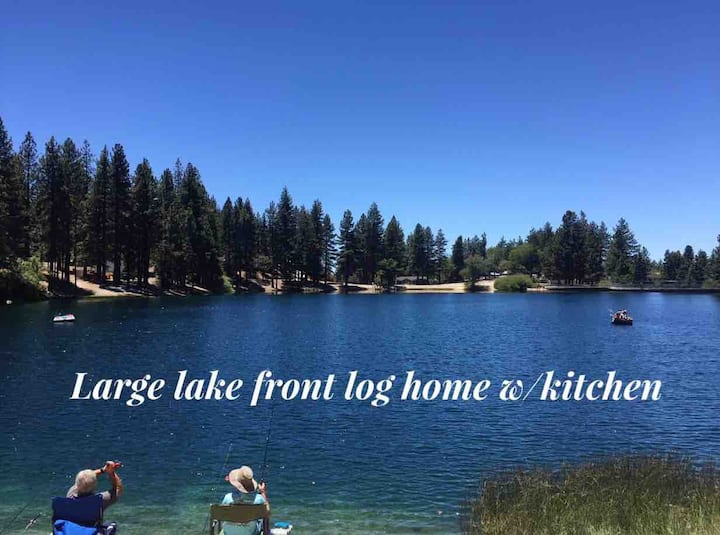 Large Lake Front Log Home w/ kitchen