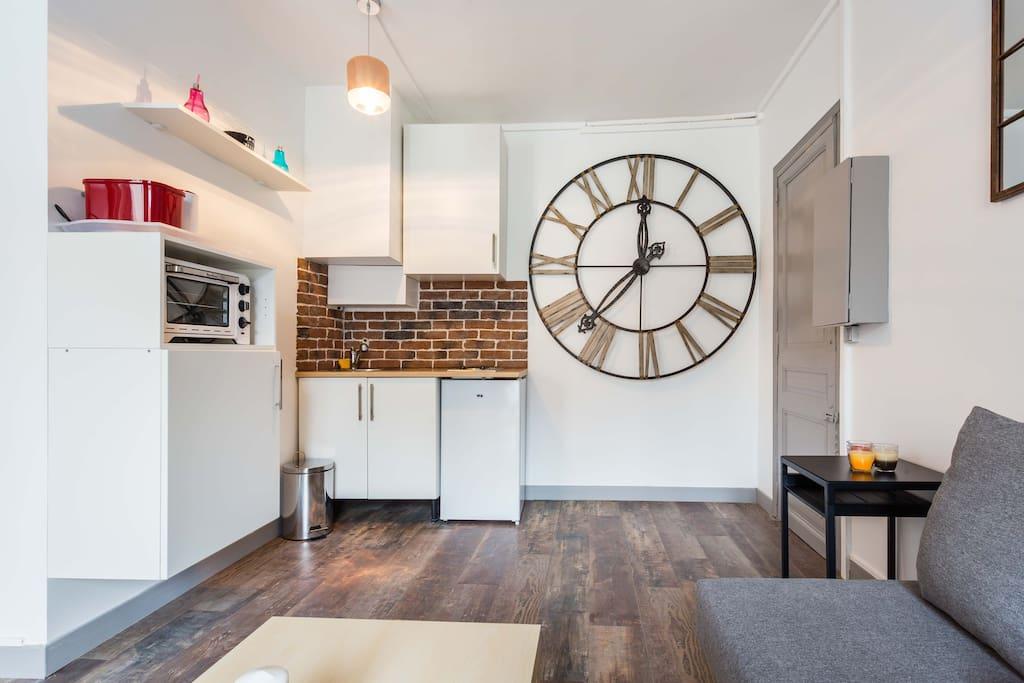 magnifique studio boulogne billancourt appartements. Black Bedroom Furniture Sets. Home Design Ideas