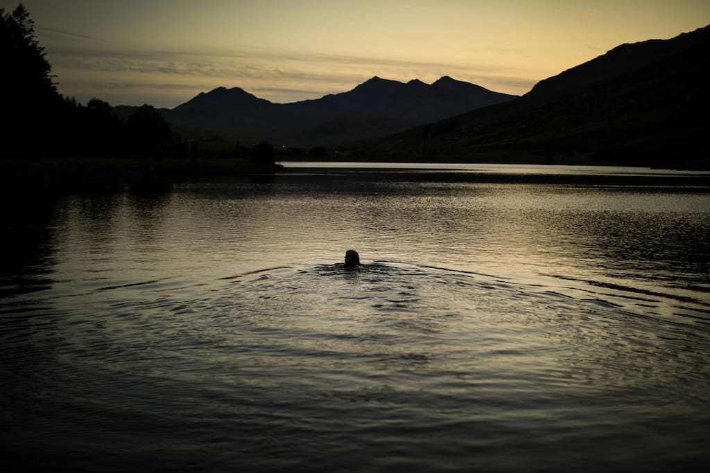 Sunset swim in Llyn Mymbyr