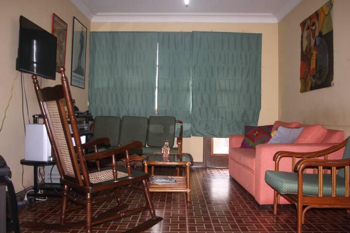 Amplia habitación en Jesús María - Lima - Apartemen