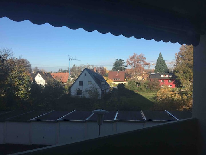 Sunny 2 bedroom apartment with a big balcony south