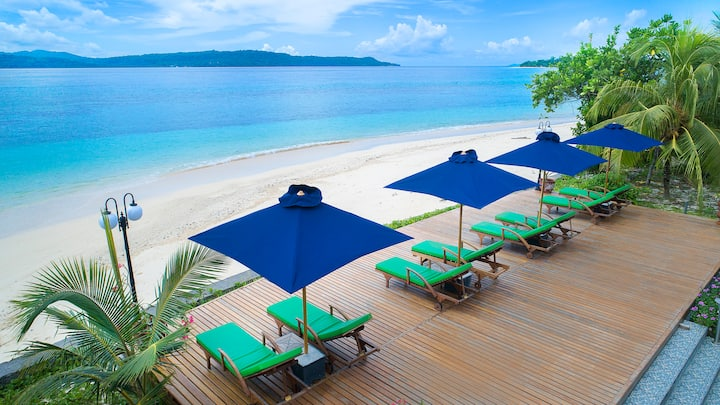 Private Beach Resort for 10 at Gangga Island