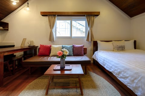 Hiver - Romantic Attic Studio in City Center