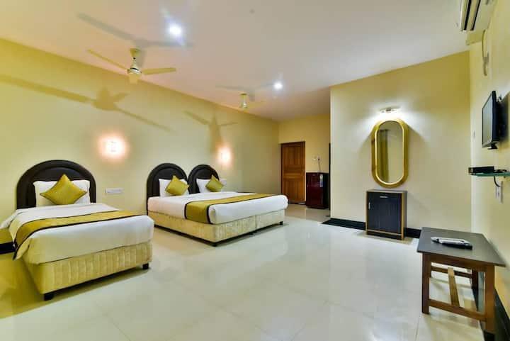 Twin Room   Beautiful Room at the Baga Beach