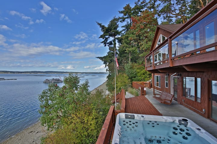 Waterfront Haven with Private Beach and Hot Tub on Whidbey Island(243) - 243