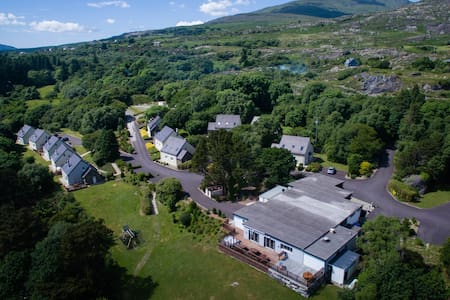 Berehaven Lodge - 4* Self Catering - Millcove - Dům