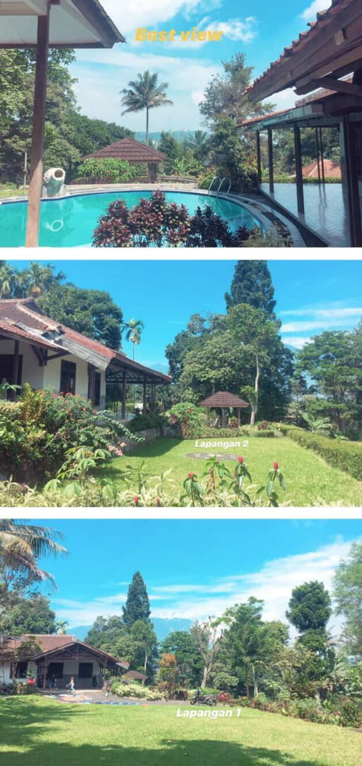 Villa simple dengan kolam renang private