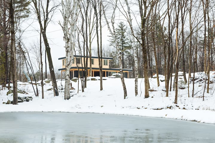 Secluded Modern Rustic Home - Lincoln - Hus