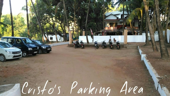 Kristo's 4 Eco Home stay Calangute Baga Road