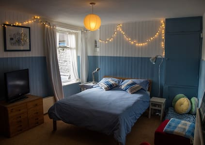 Seaside basement flat - Morecambe - Apartmen