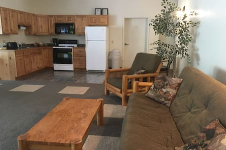 Perfect family stay near Rails for trails!