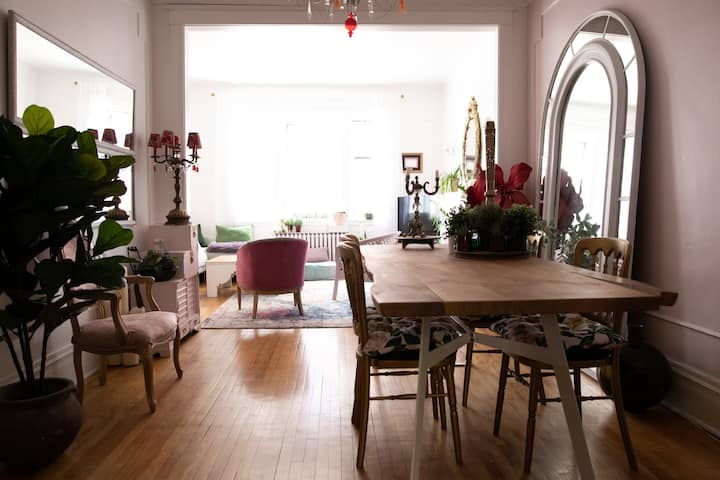 BIG appartement in Outremont