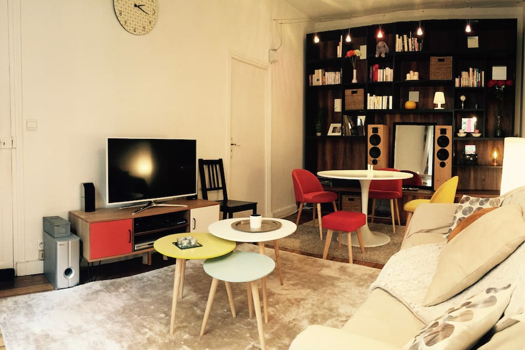 Amazing cosy flat with private garden in the center of Paris