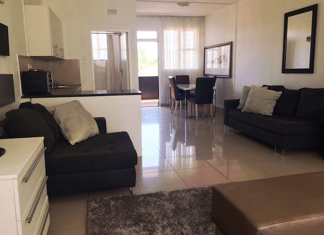 Executive Apartment Sandton. - Sandton - Flat