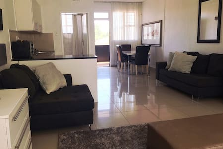 Executive Apartment Sandton. - Sandton