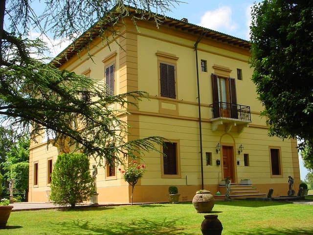 Villa Querciolinaia - Monteriggioni