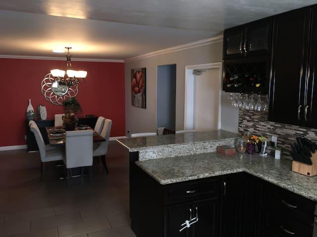 Share Home Near ❤️of San Diego - La Mesa - Dům