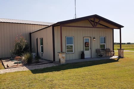Ranch Barndominium *Peaceful* Silos*Shop*Fish