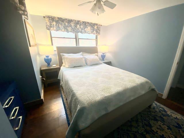 First Floor Bedroom  (King bed)