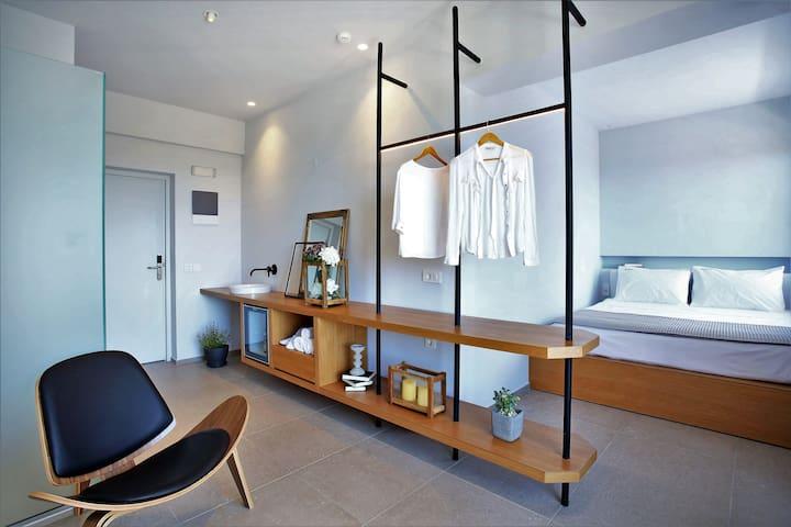 Double bedroom studio with extra sofa