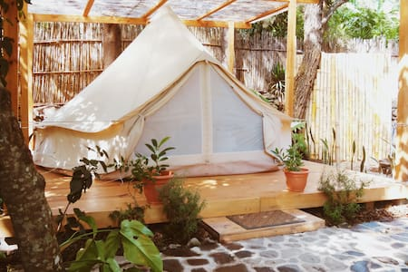 Bliss Land Bell Tent - Only 5 min walk to center