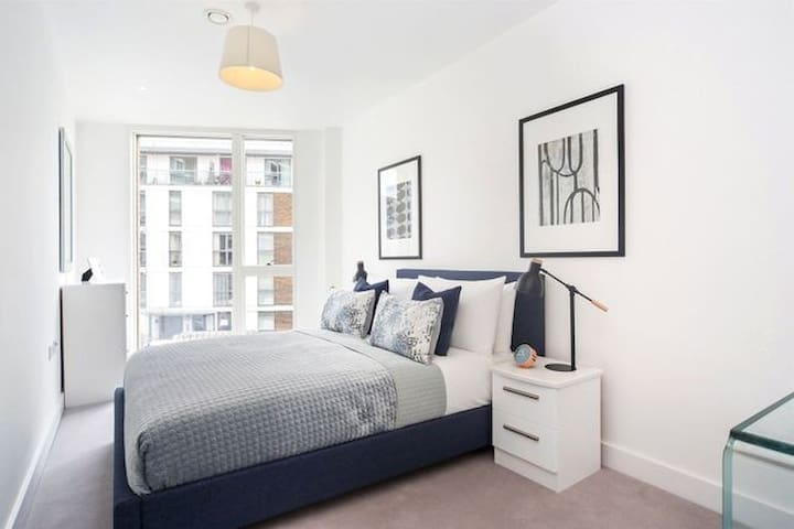 COSY modern 02 arena apartment Greenwich