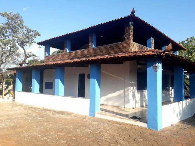 COUNTRY HOME - MARIO CAMPOS