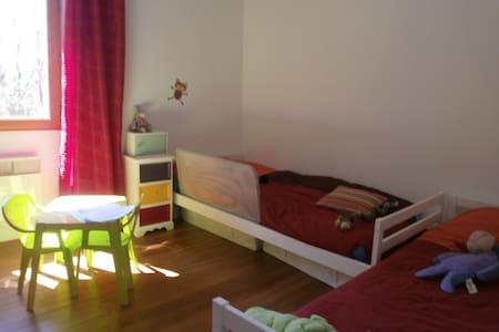 chambre d'enfants - Mongauzy