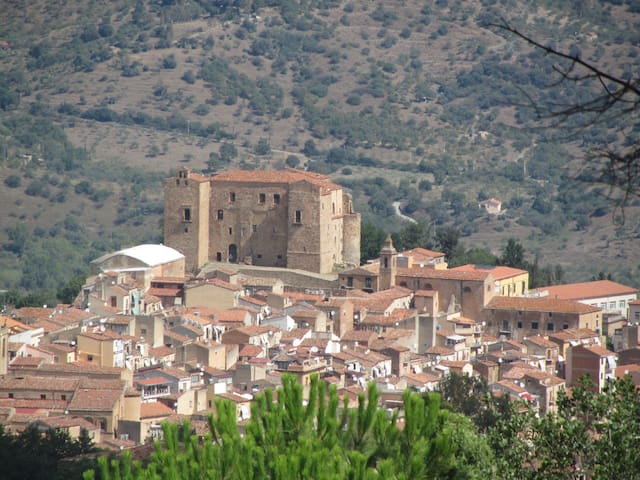 Hystorical hause in beatiful village - Castelbuono