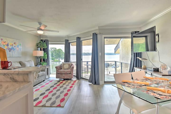 Lakefront Condo w/Dock, 7 Mi to Hot Springs Ntl Pk