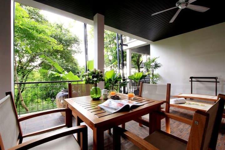 Luxury Kata Beach 2 Bed Apartment