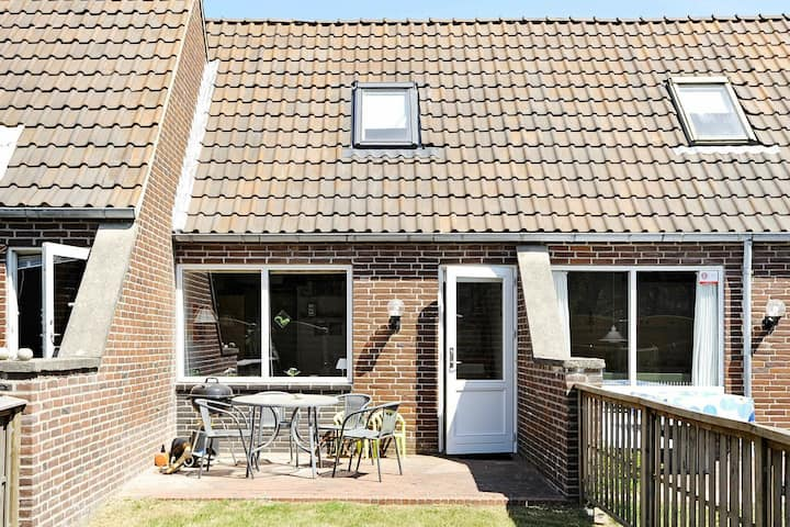 Spacious Holiday Home in Rømø with North Sea nearby