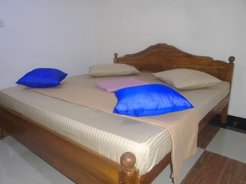 Ayos hill family house  (Free shuttle )