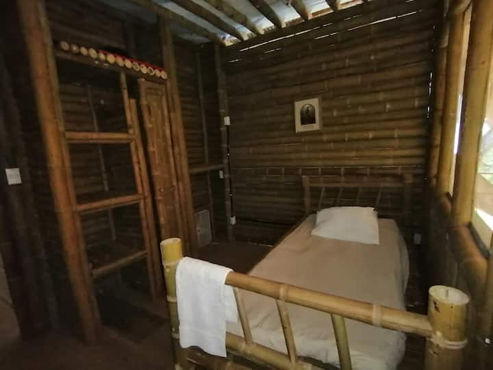 Wübu Eco-Hotel, single private room