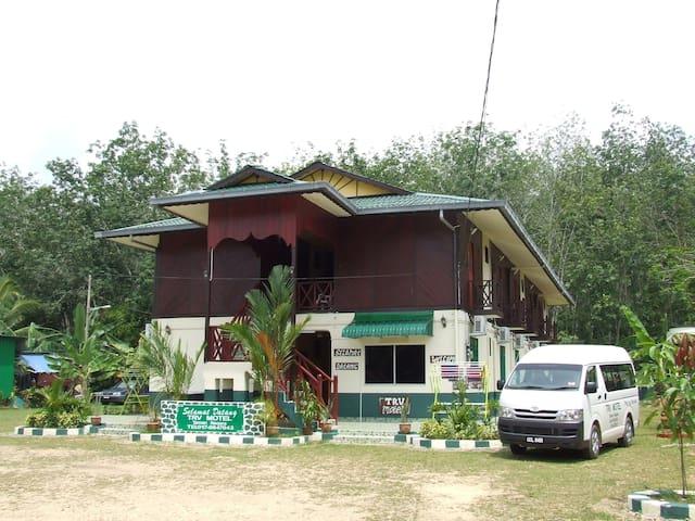 Taman Negara TRV Motel