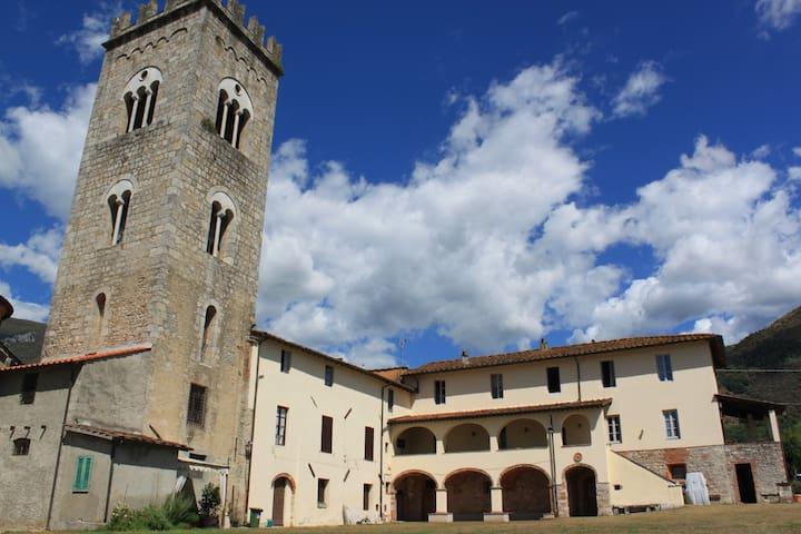 Hostel of the Pilgrim of Camaiore