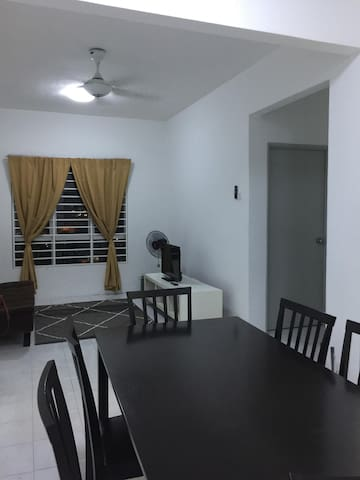 Affordable Stay @Rue's Apartment UKM Bangi Kajang