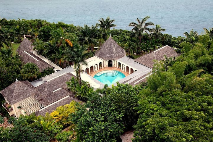 Bambu - Ideal for Couples and Families, Beautiful Pool and Beach - Montego Bay - Vila