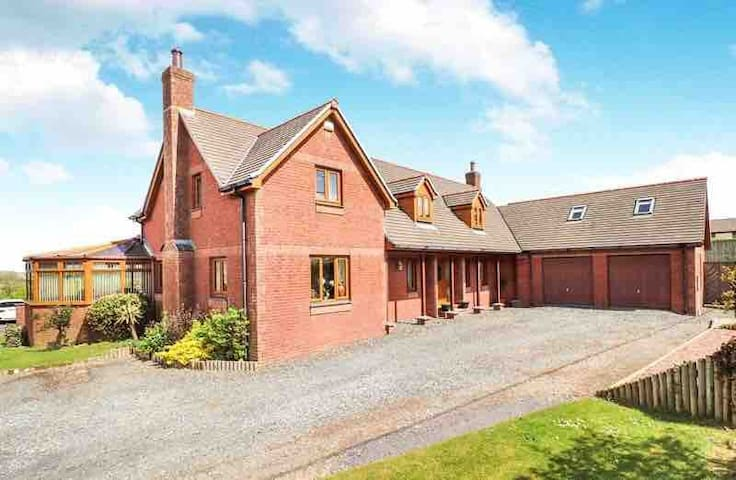 Higher Shorston House set in 3.5 acres of garden