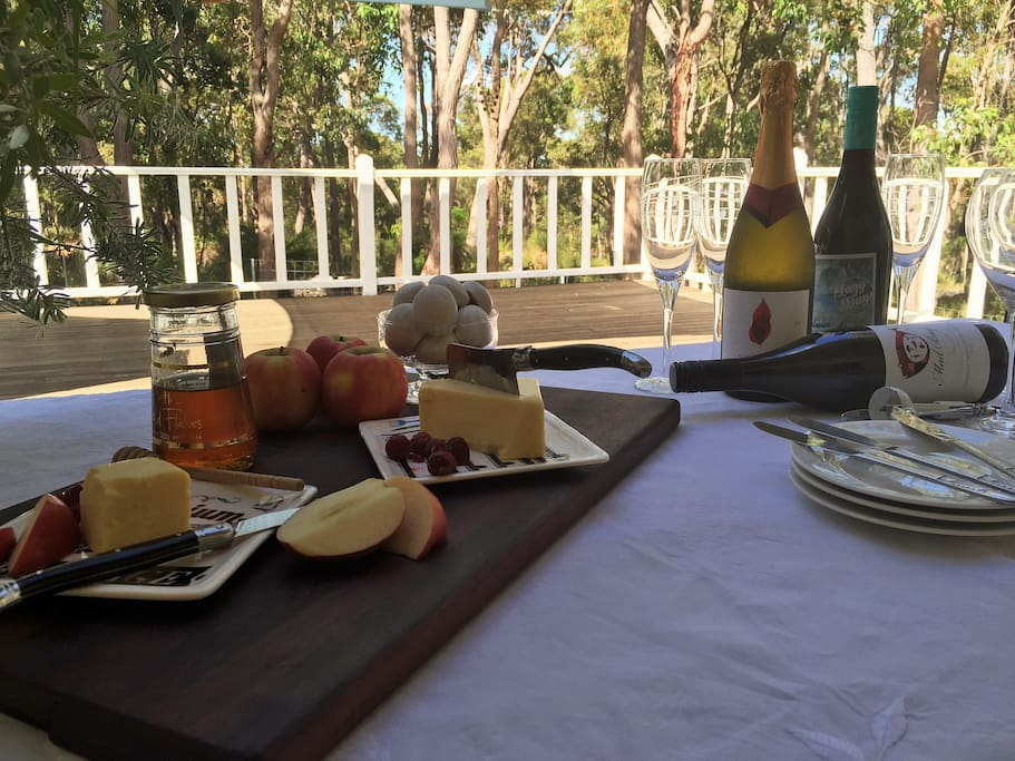 Alfresco dining with local produce