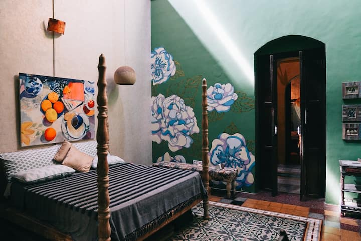 Private Non-AC King Room in Heritage Goan Home