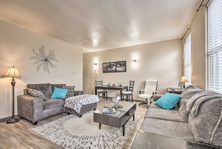 NEW! Updated Pittsburgh Apartment - Walk Downtown!