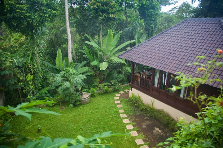 # 2 Secluded Jungle Villa. - Ubud - Talo