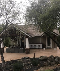 Beautiful Pool House - Chico - Bungalow