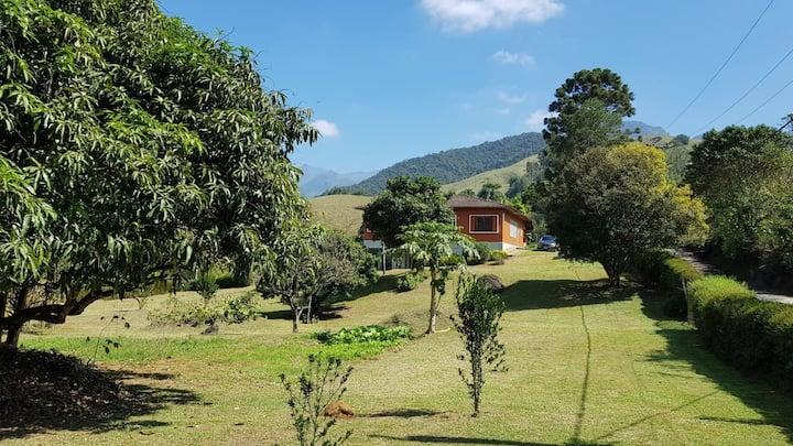 Casa perfeita  com Wifi entre Penedo e Mauá