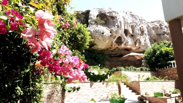 Luxuriöse Villa für Dich in Harhoura mit Frühstück